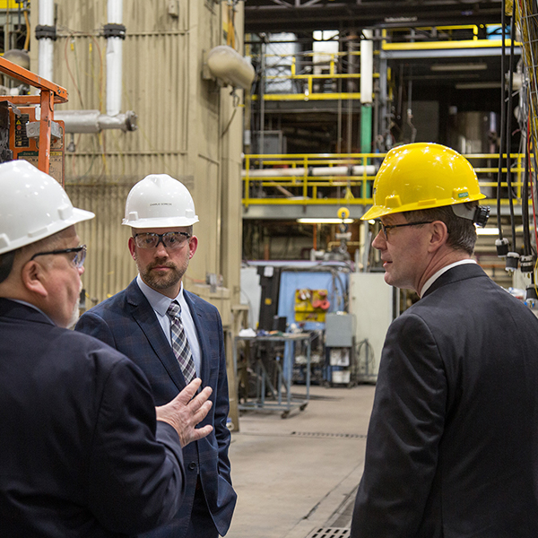 UND President Armacost Tours the EERC